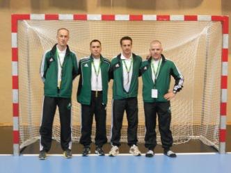 B. Šivic med sodniki, ki so sodili v Avstriji(Borut je drugi z desne strani)
