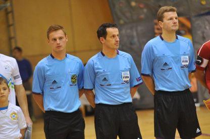 """V končnici 1.SFL bodo dejavne """"tojke"""" Na sliki : Močnik, Šivic in Todorovič Foto: D.P. www.futsal.si"""