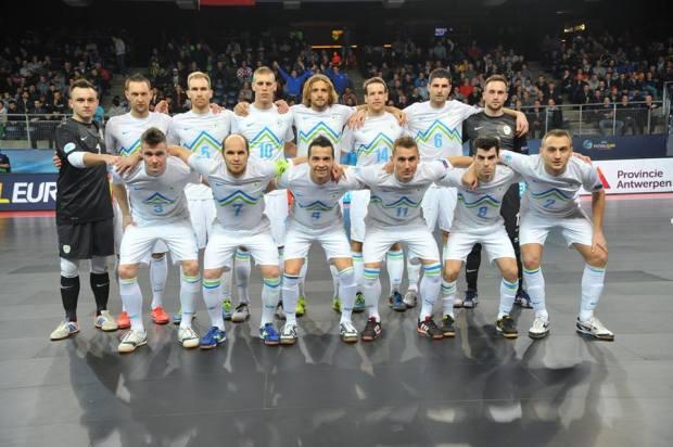 Ekipa, ki piše zgodovino! (Foto: Drago Perko - www.futsal.si )